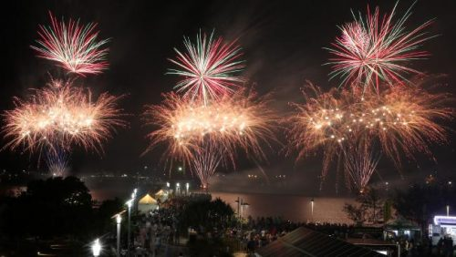 Broadwater Parklands Fireworks