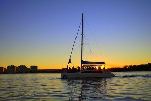 Sailing in Paradise - Gold Coast Boast Hire - Private Charters, Hens Parties and Corporate Events